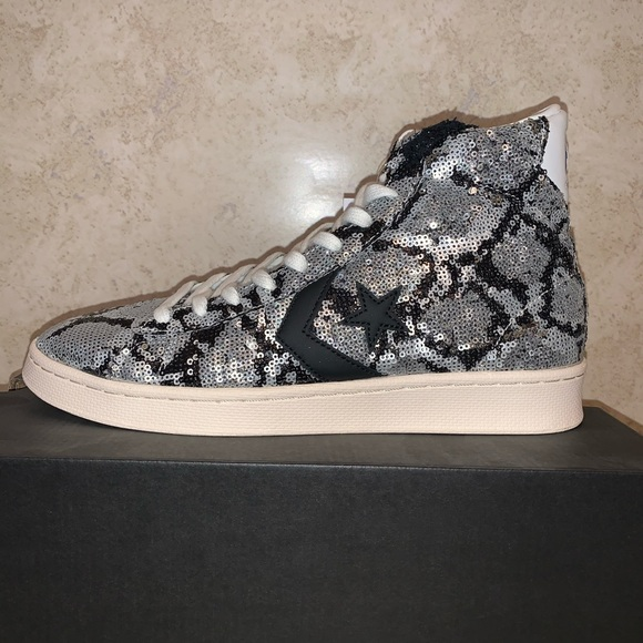 Converse Other - Converse Pro Leather Mid